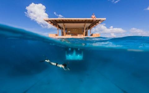 Отели с окнами в подводное царство