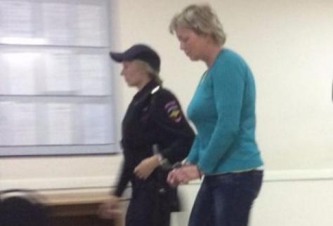 Карельскому фельдшеру, которому звонили тонущие дети с Сямозера, предъявили обвинение