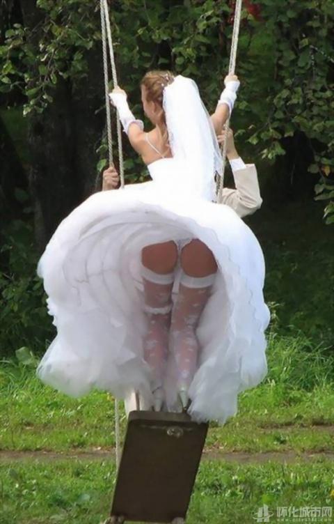 Обычно на свадьбах воруют не…