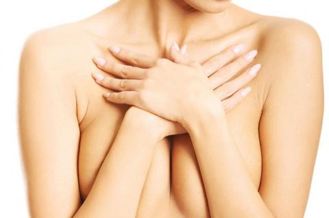 Что делать, если обвисла грудь