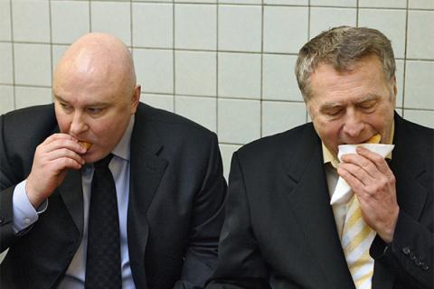 Чем и почем кормят депутатов Госдумы