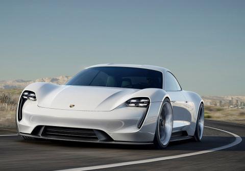 Первый электрокар Porsche бу…