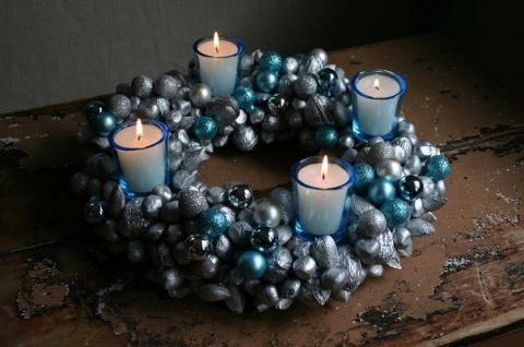 Рождественская композиция со свечами