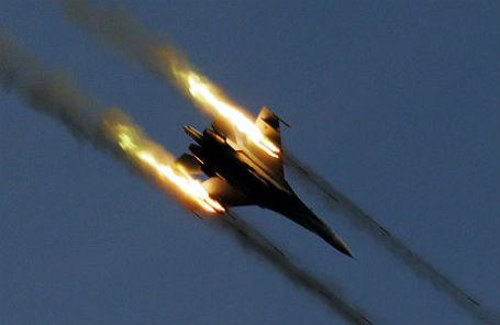 «Игра на нервах»: три метра между российским Су-27 и самолетом США
