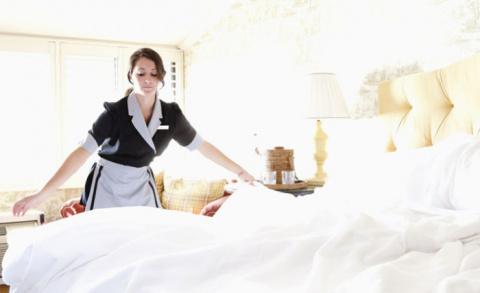 Секреты быстрой и эффективной уборки дома, подсмотренные у горничных