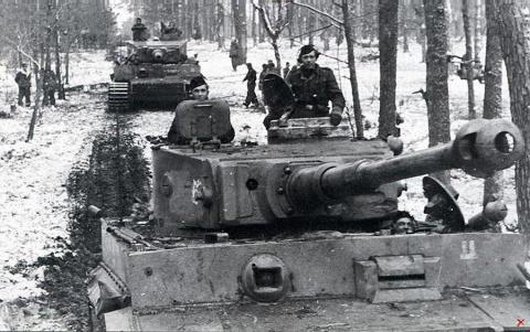 «Танки Рейха под Ленинградом…