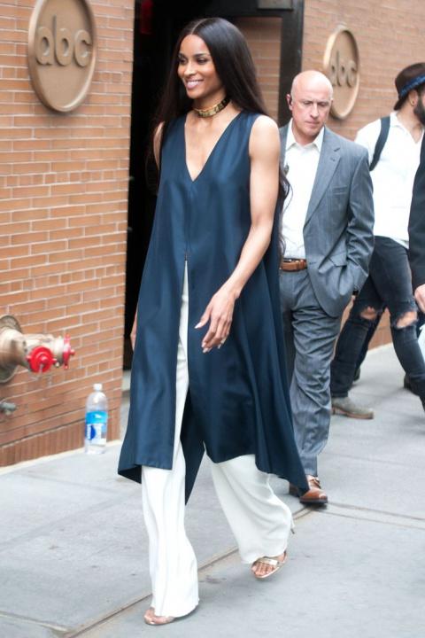 Стоит ли носить платья с брюками: тенденции, 17 образов, фото