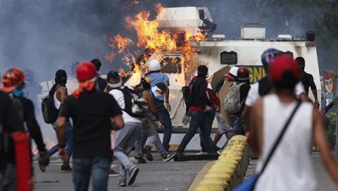 В Венесуэле задержаны поджигатели счетных машин на выборах