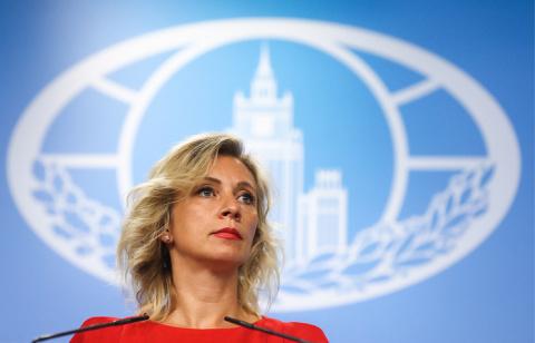 Мария Захарова пилит сук под Путиным