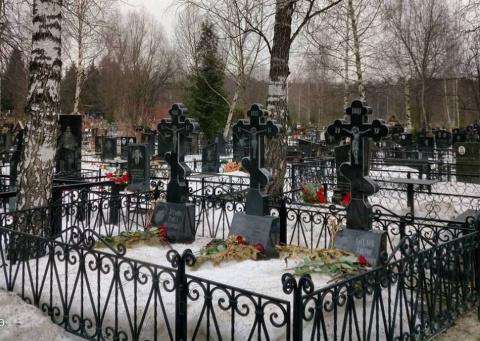 Запретить эмигрантам похорон…