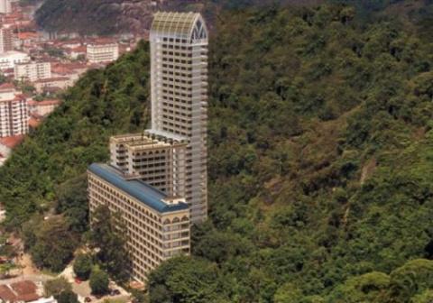 Необычные вертикальные сооружения