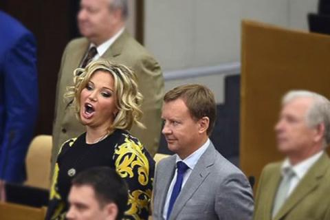 Максакова «из хорошей семьи» и куда интереснее Украине, чем Вороненков...