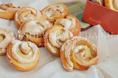 Печенье творожное с безе