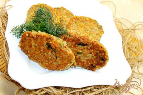 Котлеты из гречки с кабачком и курицей