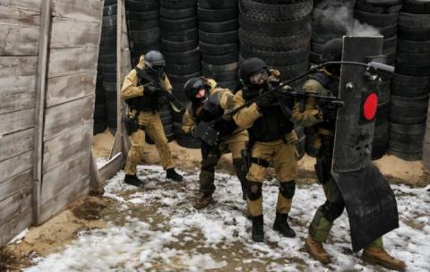 Шесть бойцов Росгвардии поги…