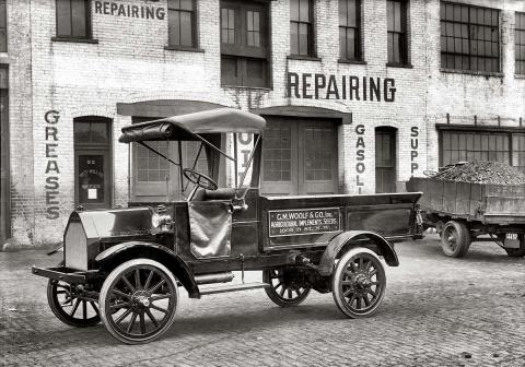Американские грузовики в начале прошлого века