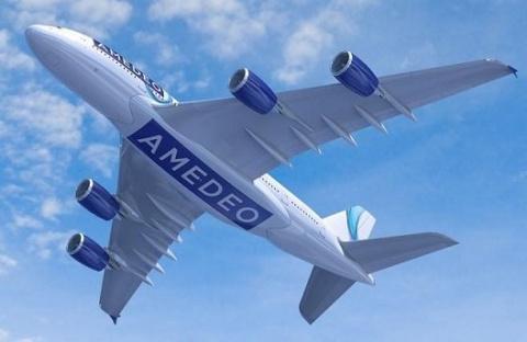 Amedeo решил создать авиаком…