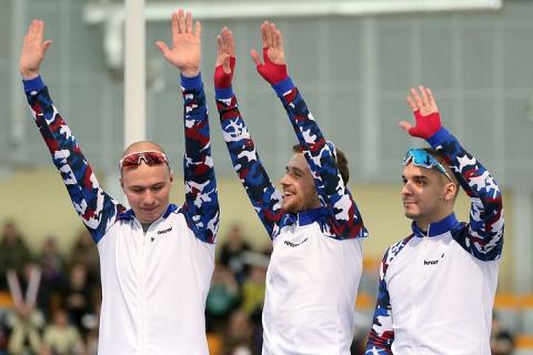 За месяц до Олимпиады российские конькобежцы выиграли пять золотых медалей на чемпионате Европы