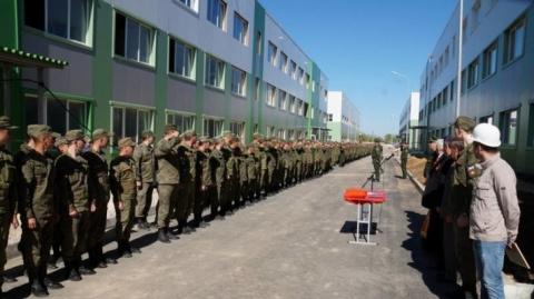 В Воронежской области военнослужащим переданы четыре казармы