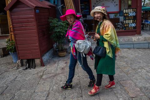 Китайская  повседневная мода…