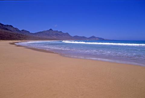 8 самых безлюдных пляжей Испании