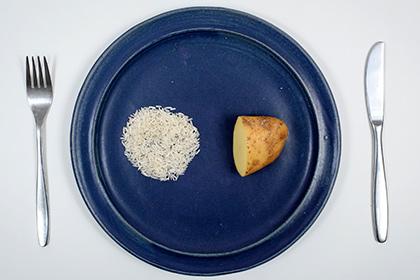 Развенчан миф о пользе частого приема небольших порций пищи