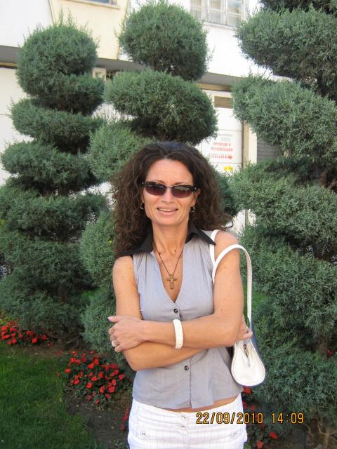 Маринела Стоянова