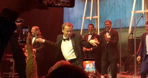 Танец вице-премьера Дворкови…