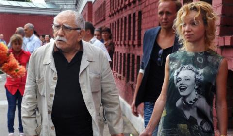Жена Джигарханяна не выдержала страшных обвинений в воровстве