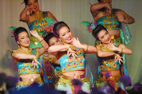 Празднование Нового года народом Хмонг