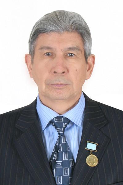 Нурлыбек Сахипов