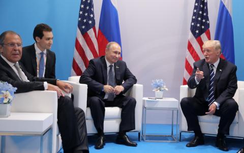 Путин и Трамп общаются уже п…