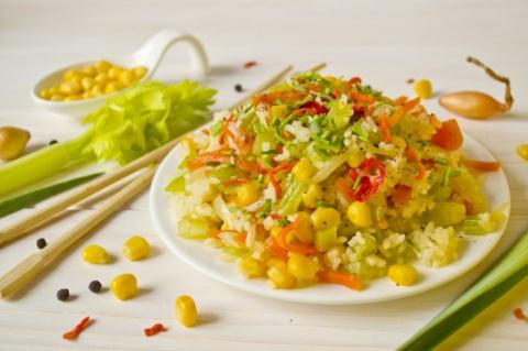 Рис по-пекински с овощами - разнообразим постное меню