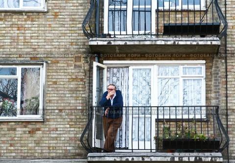 Россиянам для курения оставят только балконы.