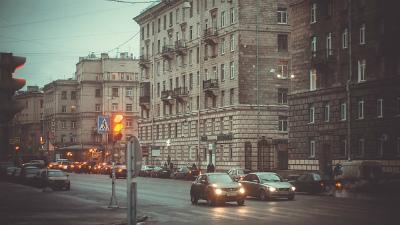 Водитель BMW в Петербурге сб…