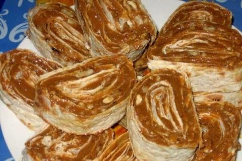 Ореховый десерт в лаваше