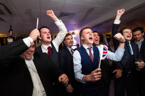 Британцы потеряли право называть американцев идиотами!