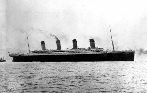 14 апреля «Титаник» столкнул…