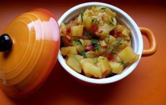 Картофель с кабачками и тома…