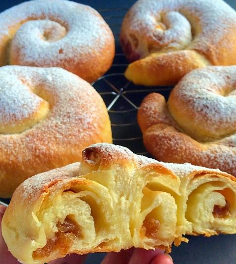 """Испанские булочки """"Ensaimadas"""" - вкуснейшие плюшки"""