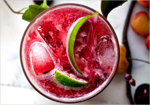 Вишневый коктейль с лаймом