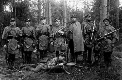«Лесные братья» в военном отношении показали полную профнепригодность