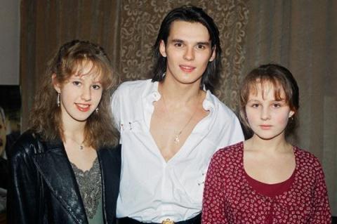 Привет из 90-х! Наши знаменитости тогда..