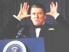 Как президент США Рейган глу…