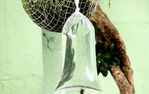 Как просто и дешево защитить свой дом от мух и комаров