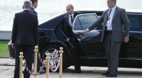 Визит Путина в Париж: Франци…