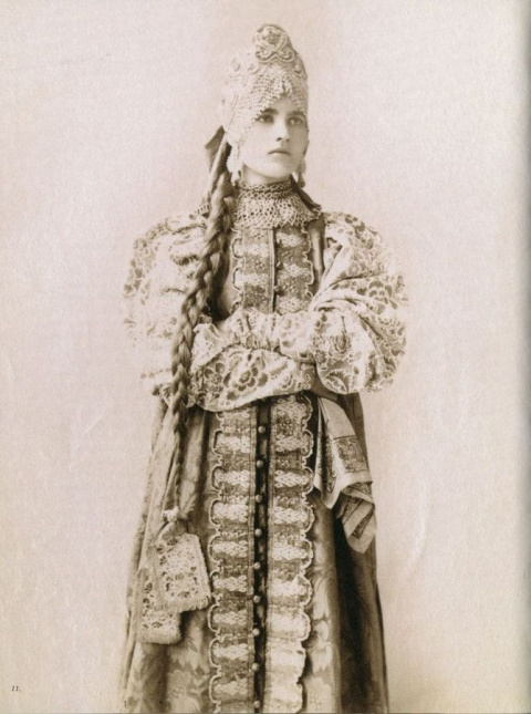 История моды от средневековой накидки до современного стиля одежды