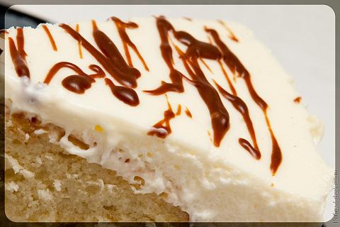 Бисквитный десерт с сметанным кремом