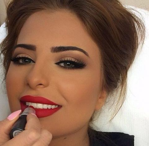 Приемы в макияже, которые делают из тебя простушку