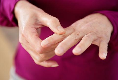 8 упражнений для рук, чтобы избавиться от боли при артрите